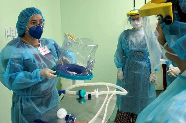Hospital São José participa de treinamento da ESP para uso do capacete Elmo