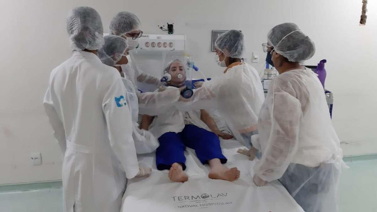 ESP/CE capacita 86 profissionais de saúde do Cariri para uso do capacete Elmo