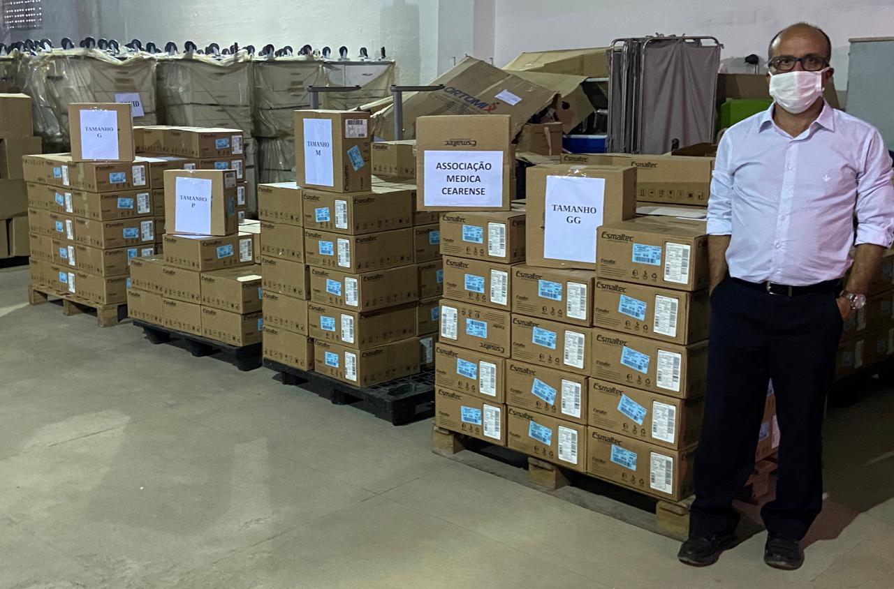 Sesa recebe da Associação Médica Cearense a doação de 165 unidades do capacete Elmo