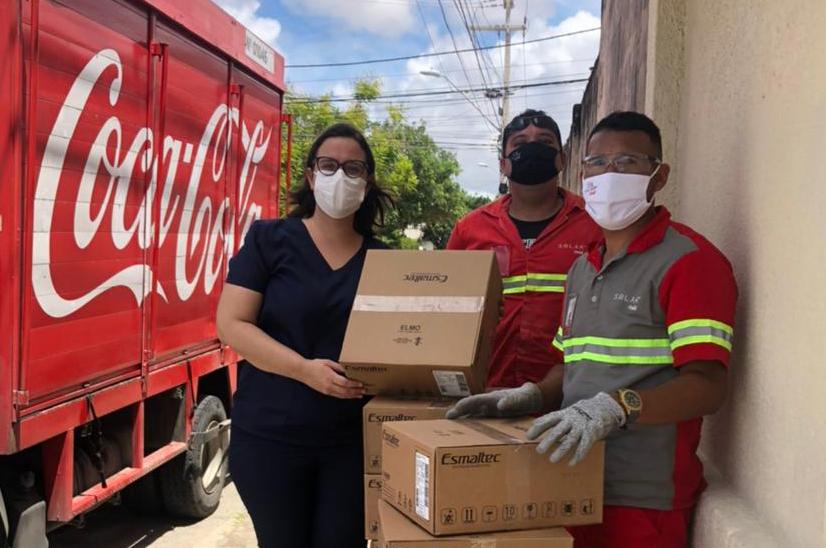 Solar Coca-Cola doa 100 unidades do Elmo à Sesa
