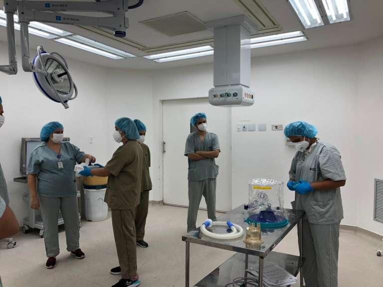 Com instrução sobre o capacete Elmo, ESP/CE participa de ação do HGF sobre cuidado ao paciente com Covid-19