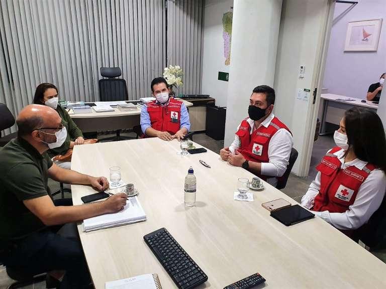 ESP/CE e Cruz Vermelha discutem ação solidária para ampliação de treinamentos do capacete Elmo
