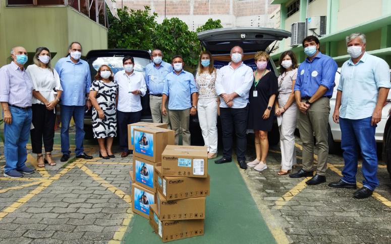 Sesa recebe doações de capacetes Elmo do Rotary Club Fortaleza Alagadiço