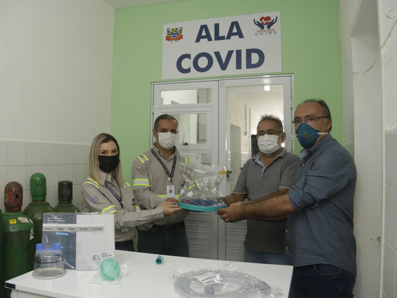 Hospital Municipal de Quixeré recebe doações de capacetes Elmo